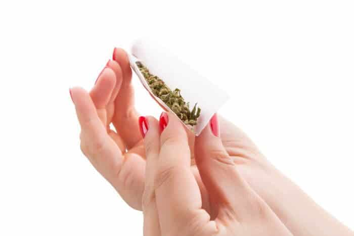 Rolling a fat joint